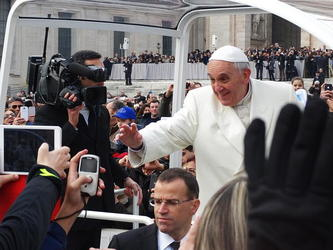 How Fair is Media Coverage of Pope Francis' Words? – CHS 60